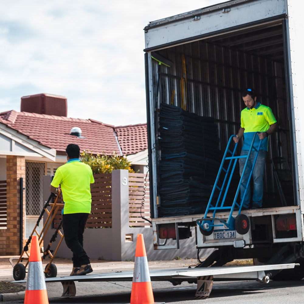 Removalists, Perth
